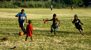 vila-children-playing-football-1